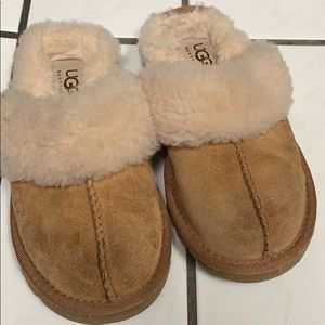 Authentic ugg house slippers.